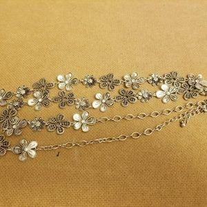 Premier Designs Floral Necklace